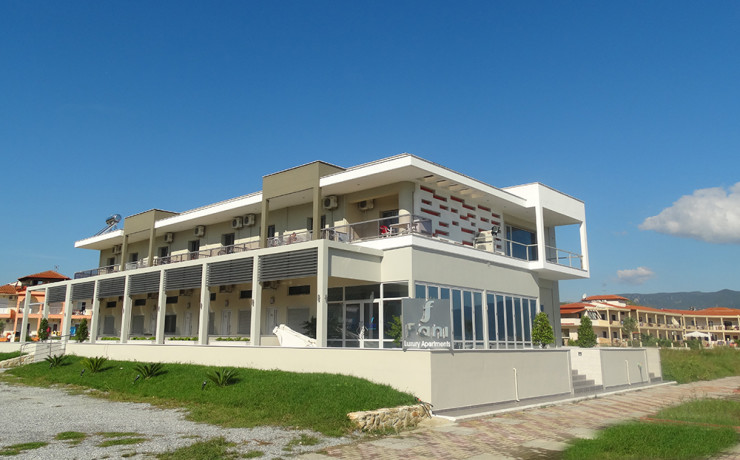 vila-strimonikos-stavros-clock-travel-2